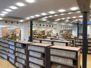 灘校の図書室
